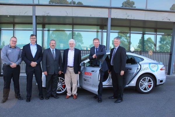 Mark Jackman, Robert Bosch Australia, John Dawson, GA, Rod Drury, Lockheed Martin, Andy Barnicoat, GA, Hon Craig Laundy and Graeme Kernich, CRCSI